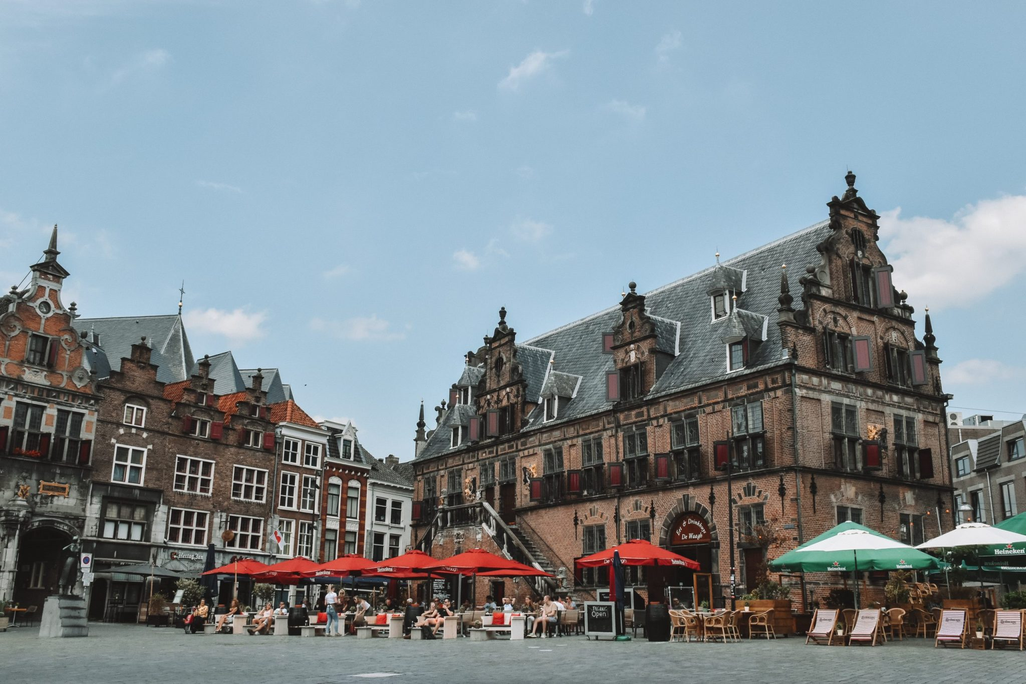 Grote Markt Nijmegen winkelen en eten