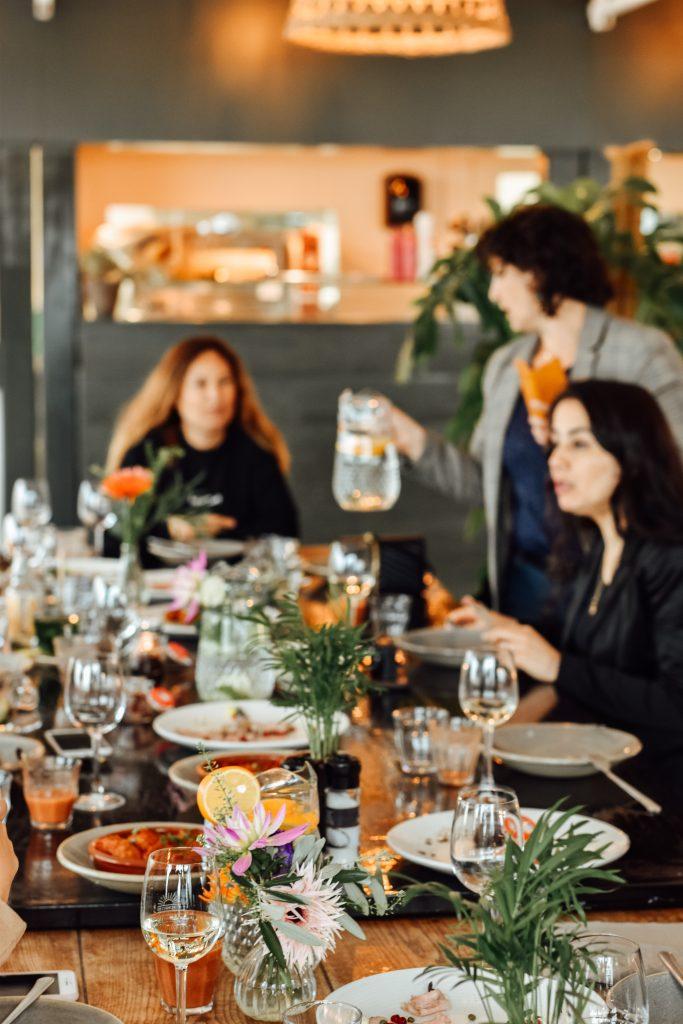 xiringuito tafel met bloggers